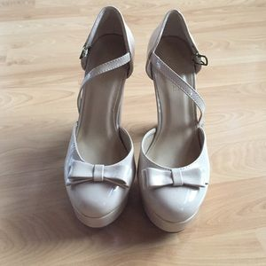 Forever 21 Shoes - Nude bow heels