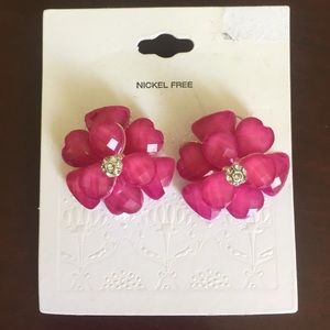 Jewelry - Fuschia flower earrings