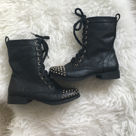 54 report shoes black combat boots with gold studs