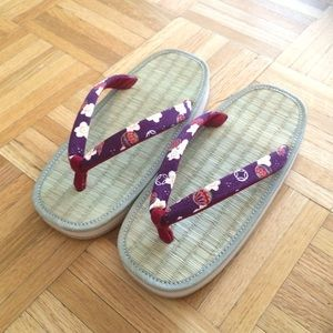 Shoes - Japanese  sandals