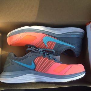 Nike Dual Fusion X Shoes