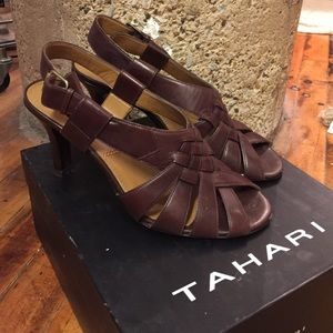 Tahari Woman Shoes - Tahari women's shoes size 6.5