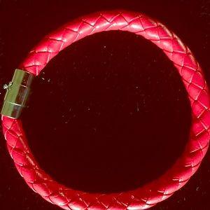 Jewelry - Men's Red braided leather bracelet