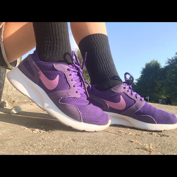 reputable site 49da4 863fe Women s Nike Kaishi Running shoes. Nike. M 57abd6e2c6c7956272008725.  M 57abd6e64e8d17f300008861. M 57abd6ec981829016200864c