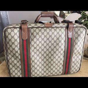 f355d287617 Gucci Bags - Vintage Gucci Suitcase