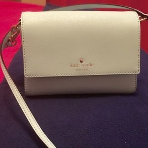 Kate spade cross body bag, blue, basically new!