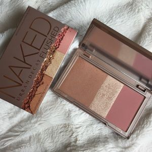 Urban Decay Naked Flushed in STRIP
