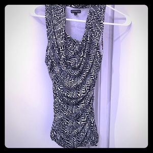 Black and White Patterned Express Top