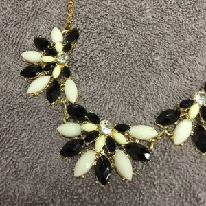 MARQUIS SHAPED BLACK & IVORY STATEMENT NECKLACE