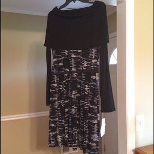 NWT Kensie Dress- long sleeve with cowl neck