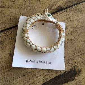 Banana Republic Giraffe Bracelet - brand new!