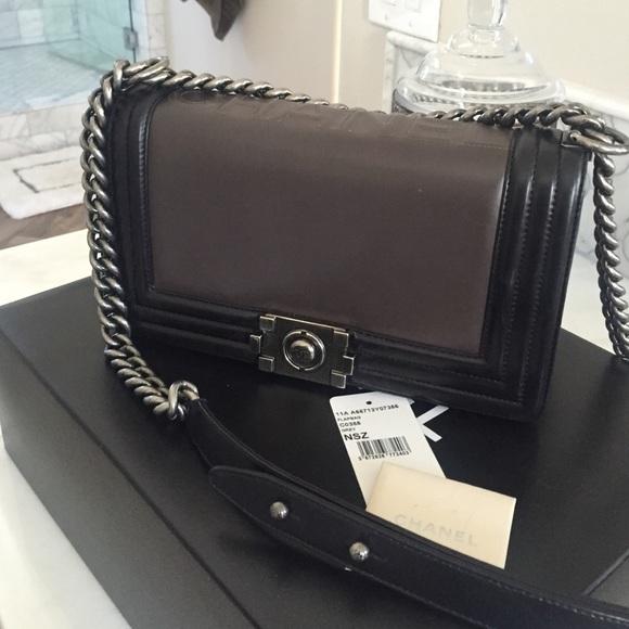 ba79659579f5 Chanel Handbags - Chanel Boy Bag Medium
