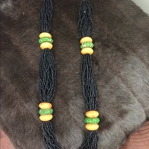 Jewelry - Vintage 70's seed bead necklace