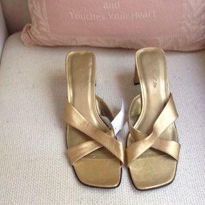 Unisa Shoes - Gold sandal 3 inch heel