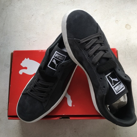 b9c49d7075b BRAND NEW PUMA SUEDE CLASSIC SHOES 9.5 WITH BOX