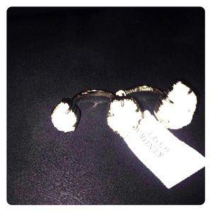 Kendra Scott Accessories - Kendra scott ring