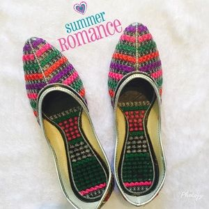 Shoes - 🆕 Multicolor Indian flats