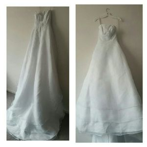Dresses & Skirts - 🆕 Bridal Gown💍