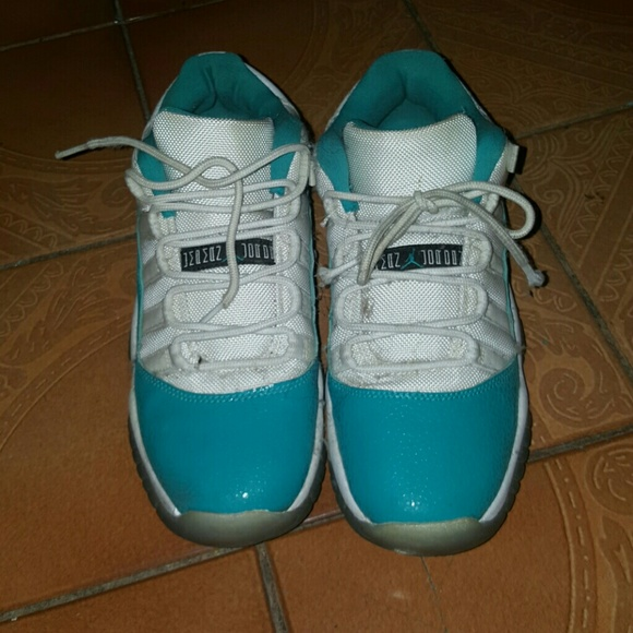 b4142c11996 Jordan Shoes | Aqua 11 | Poshmark