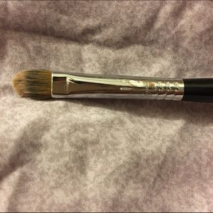 Sigma concealer F70 brush