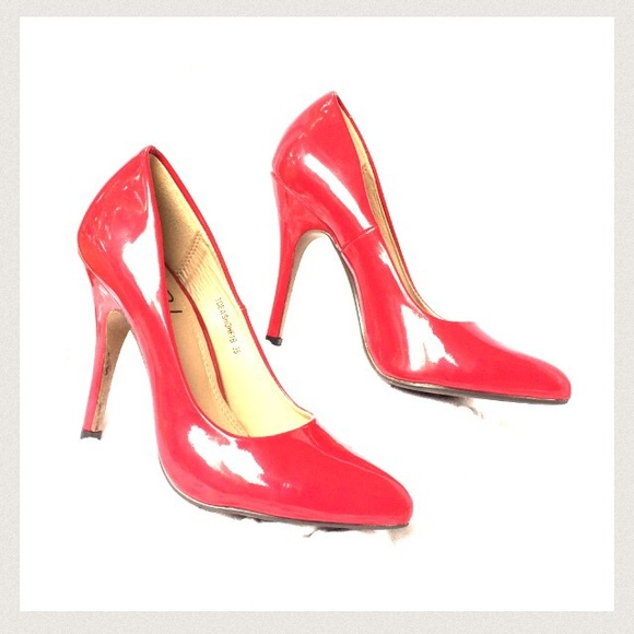 92% off Tobi Shoes - TOBI Shiny Red Heels from Dana's closet on ...