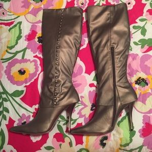 Luichiny Shoes - New in Box Luichiny Lilly High Heel Boots