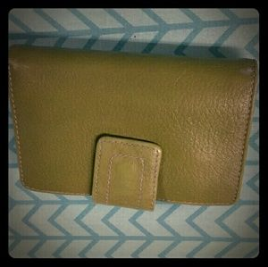 Green and turquoise Fossil wallet