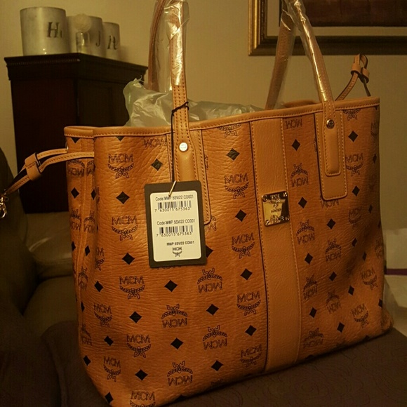 MCM Liz Reversible Medium Tote Cheap Free Shipping Cheapest xHGg37Zv