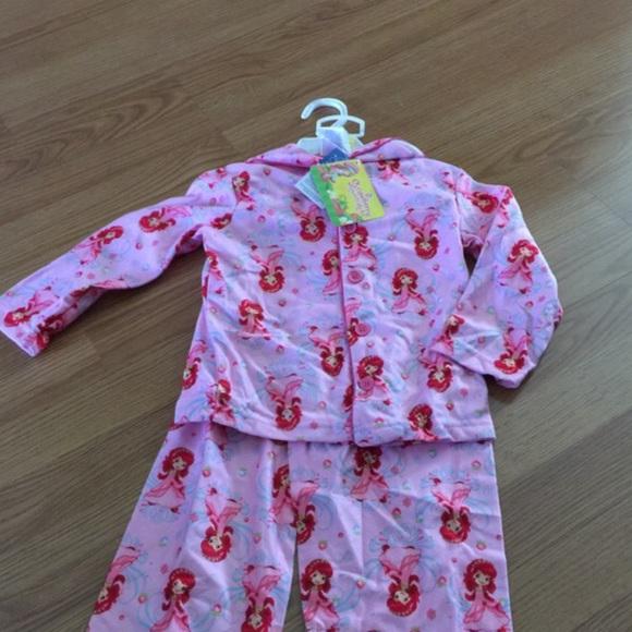 29619cbbf1 Strawberry shortcake sleepwear new