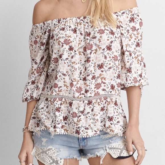 3935f9fd93f46 American Eagle Outfitters Tops - AEO Off The Shoulder Floral Shirt