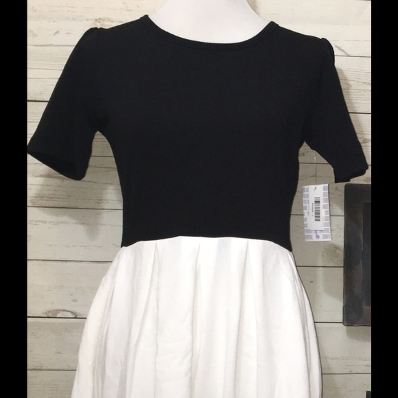 2c6d0ba5cde Lularoe Amelia Dress L Black White