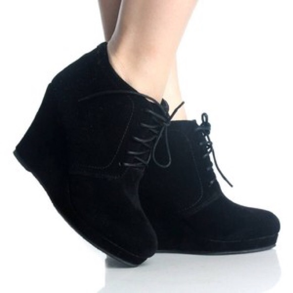 xappeal xappeal s black wedge booties size 10 from