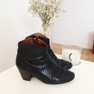 Isabel Marant Dicker boots booties