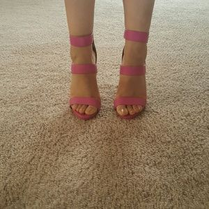 Shoes - Fuschia Pink Stillettos