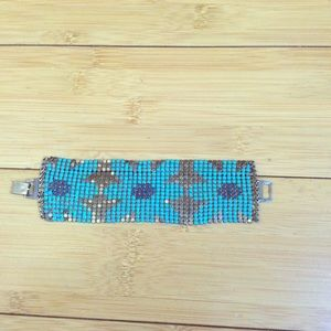 Jewelry - Blue Floral Chainlink Bracelet ⭐️