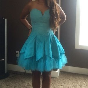 MAS_Q Dresses & Skirts - Homecoming dress