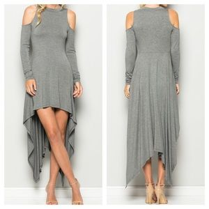 Dresses & Skirts - 🎉HP 11/13🎉New- Cold Shoulder Long Sleeves Dress