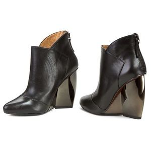 United Nude Shoes - United Nude Black Leather Bootie