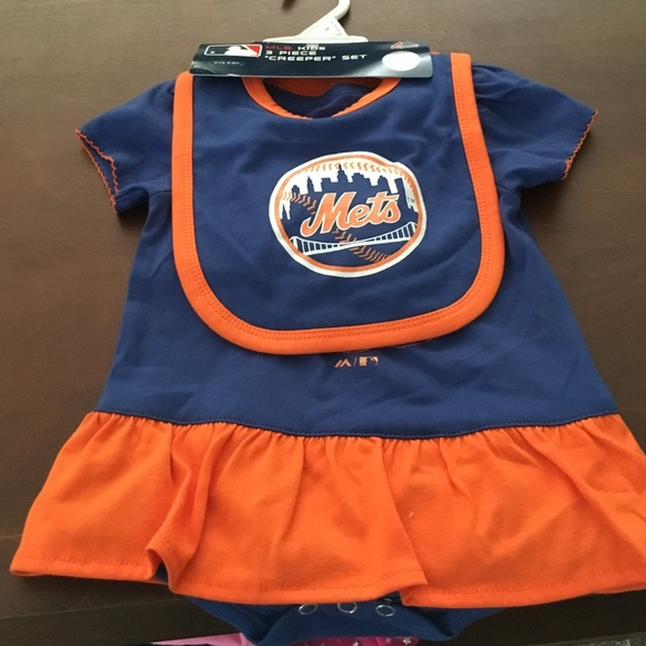 3ac05d721dd Girls Mets 3 piece creeper onesie set