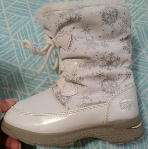 Totes Other - Adorable Toddler size 10 snow boots