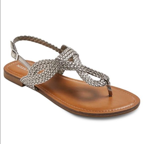 85ff3bd11eef34 Merona Silver Braided Sandals. M 57ae215456b2d67397009bd1
