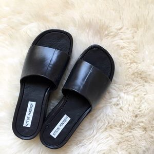 Steve Madden Shoes - Steve Madden Black Platform Sandals