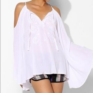 Staring At Stars Cold Shoulder Bell Sleeve Top Lg