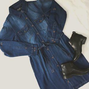 ChicBirdie Dresses & Skirts - Denim Dark Wash Shirt Dress w/ Belt