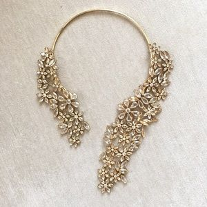 BCBG Jewelry - BCBG Crystal Floral Statement Necklace