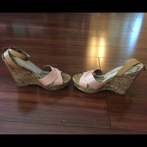 Sam & Libby Shoes - ⬇️Price Lowered⬇️ New pink & beige platform shoes