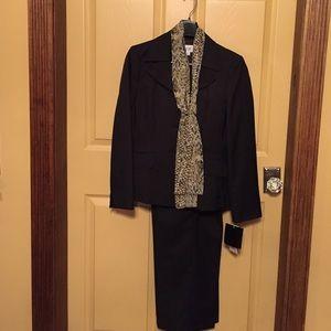Le Suit Jackets & Blazers - LeSuit Size 8 Petite