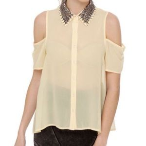 LUSH Chiffon cold shoulder blouse