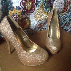 Gold sparkle platform heels
