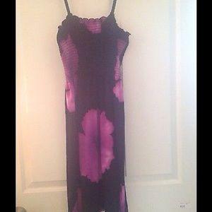 Dresses & Skirts - Black/Purple Flower Dress Size S-M